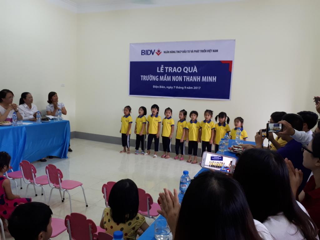 Lễ bàn giao công trình cải tạo điểm trường Co Củ và tặng quà cho học sinh trường mầm non Thanh Minh Thành phố Điện Biên Phủ
